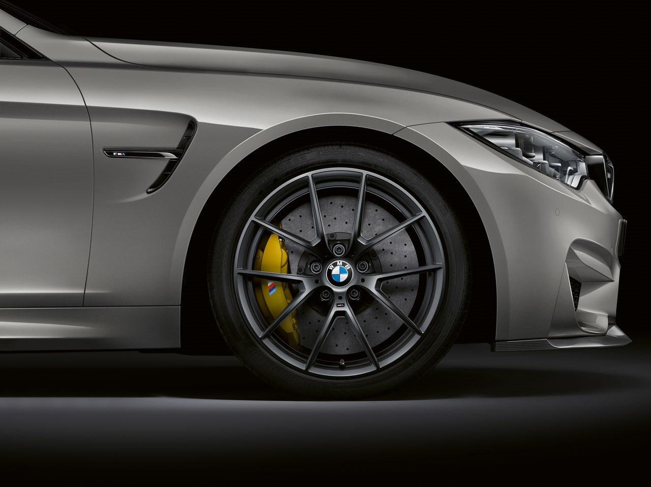 BMW M3 CS wheels